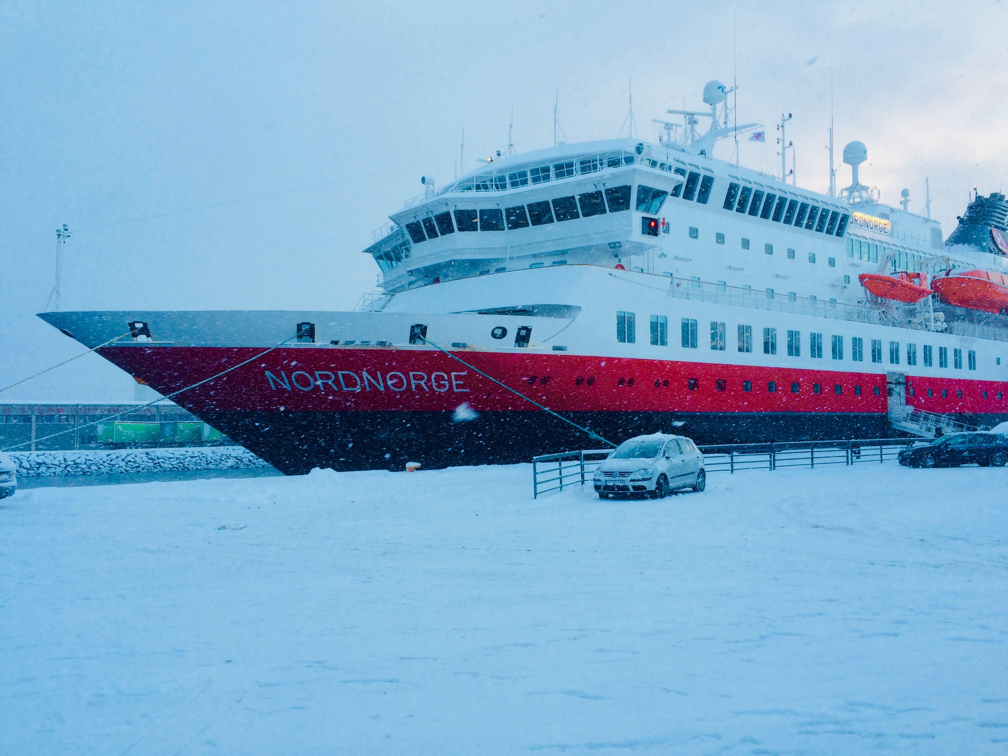 Hurtigruten. Dlaczego praca na statku w Norwegii jest jak z marzeń?